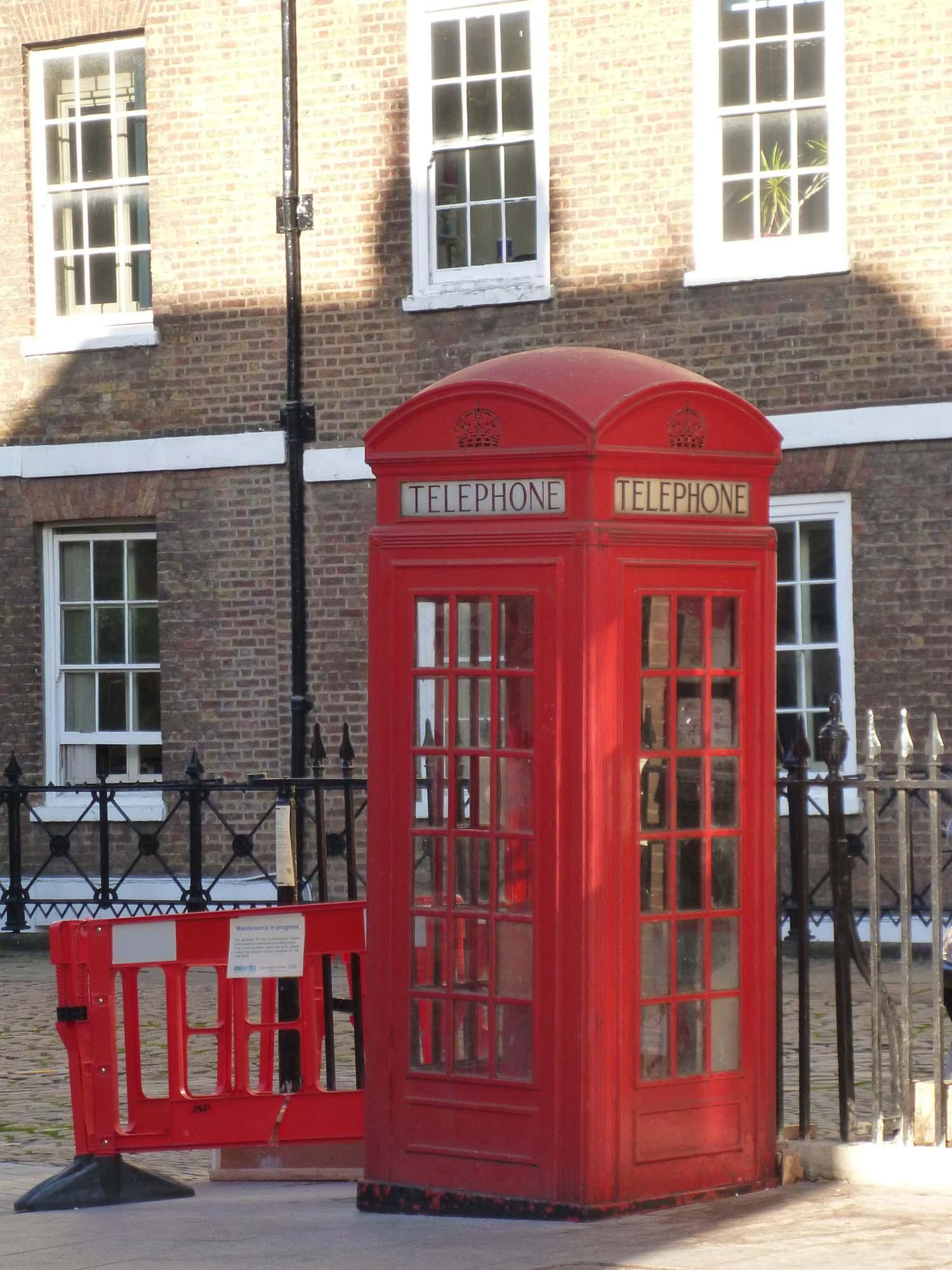typisch englische Telefonzelle