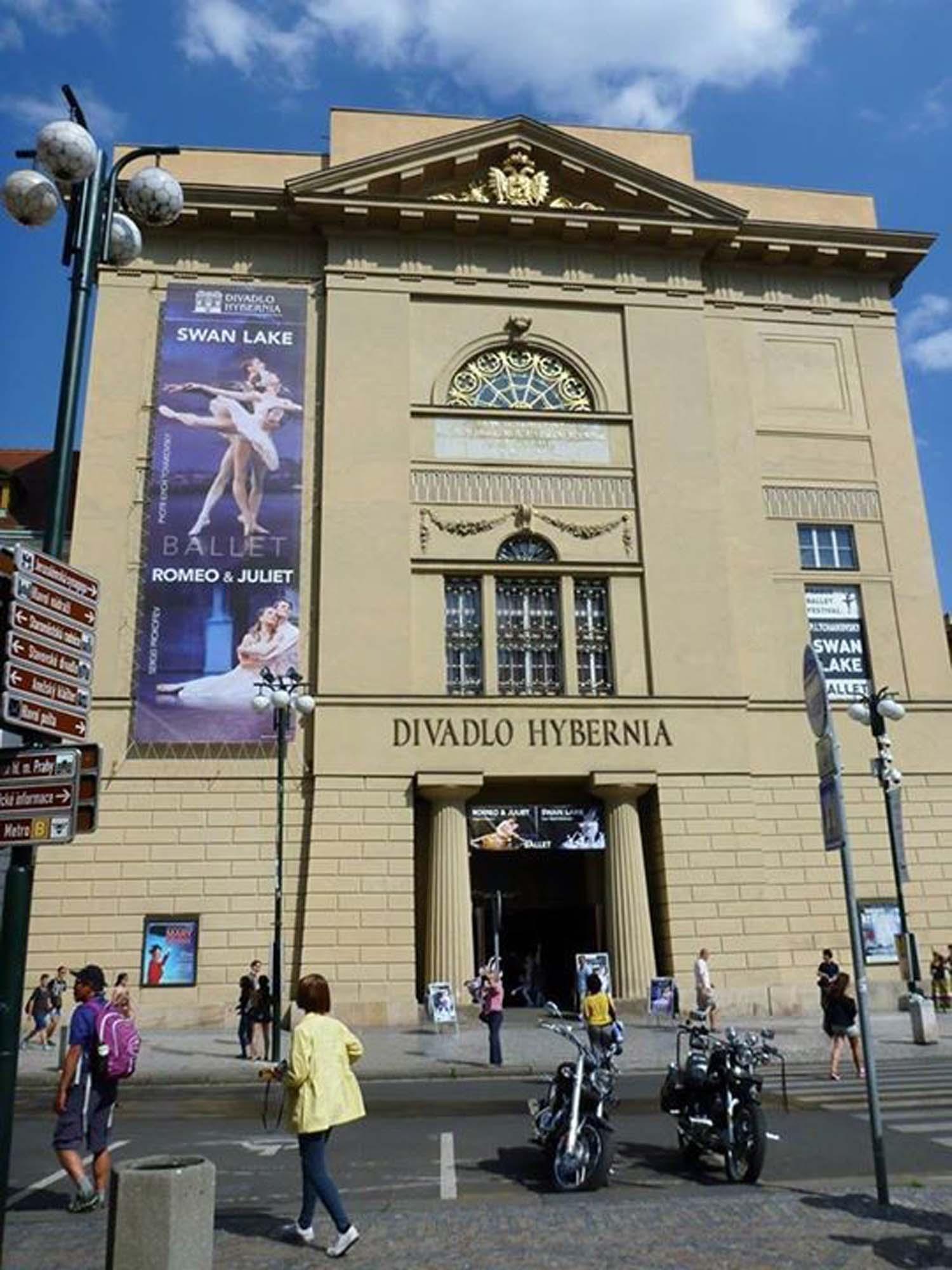 Theater und Opernhaus Prag